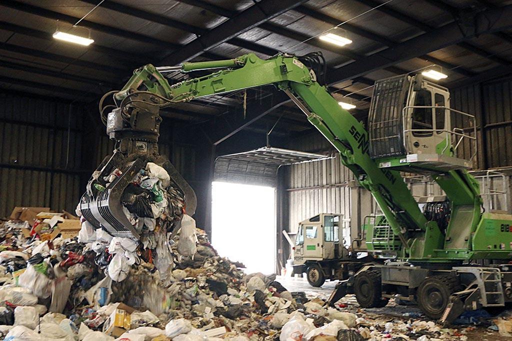 Хранение – продолжительное складирование остатков производства на специально оборудованной территории