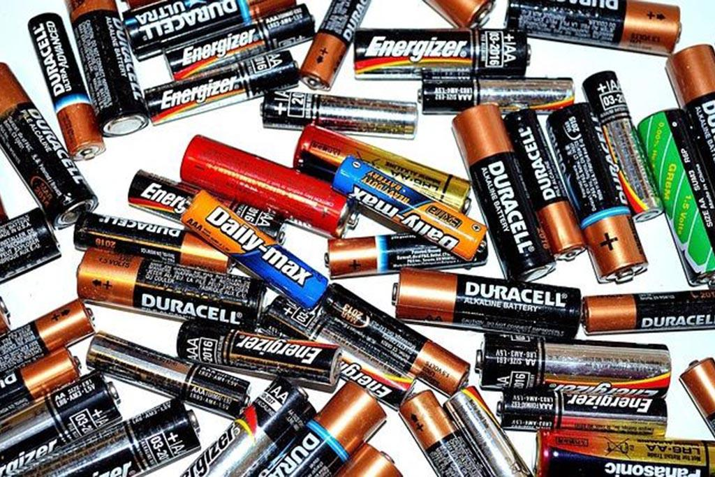 Классификация аккумуляторных батарей по типу активного вещества