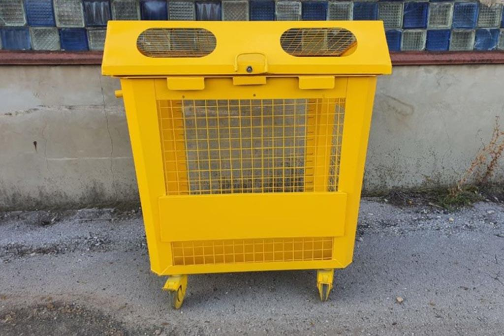 Контейнер для пластиковых отходов