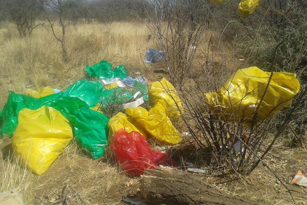 Медицинские отходы в непредусмотренных для этого местах