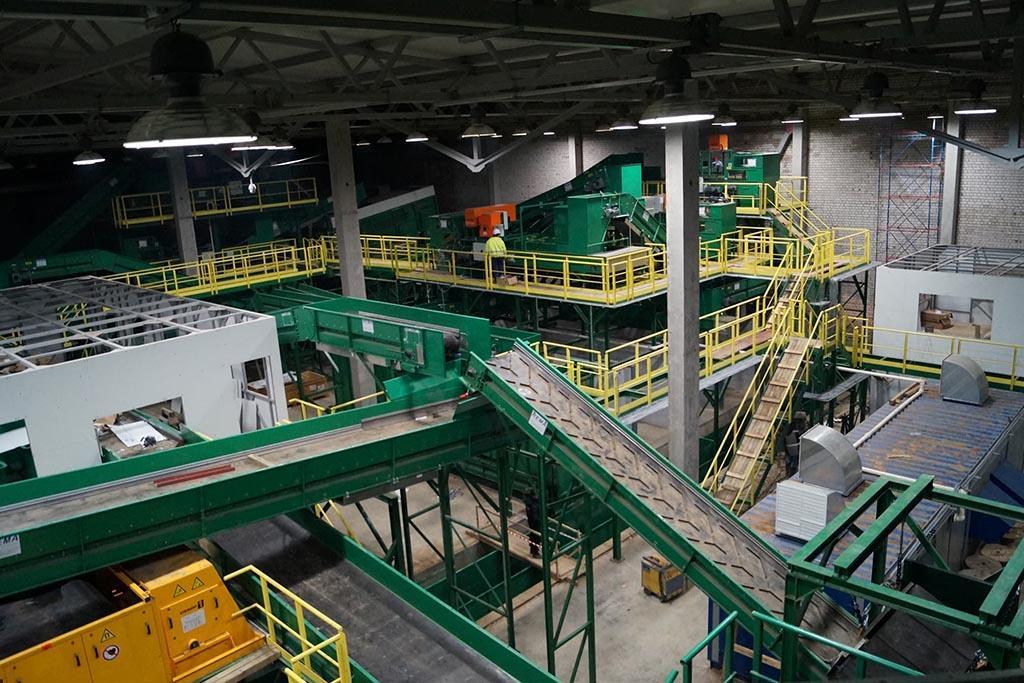 Открытие мусороперерабатывающих заводов