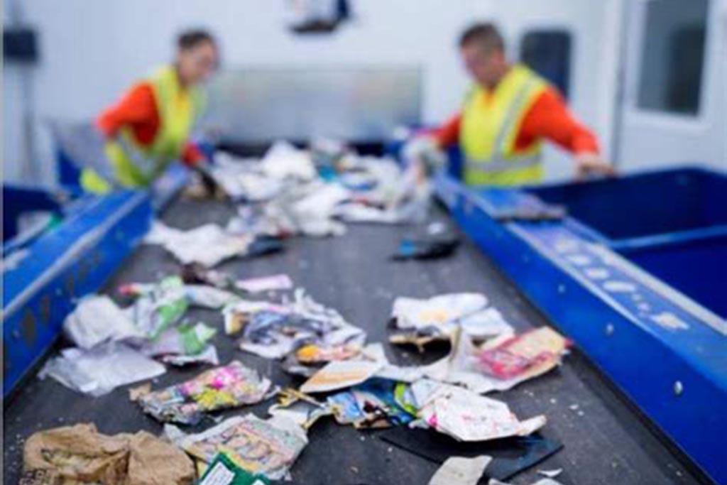 Процесс переработки опасных отходов, его участники и главная задача