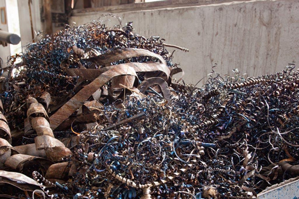 Вывоз отходов производится после анализа их свойств