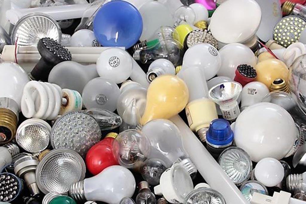 Ассортимент лампочек и степень их опасности