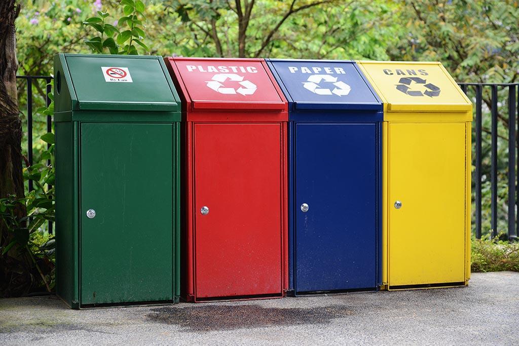 Европейская схема: соответствие цвета бака определенному мусору