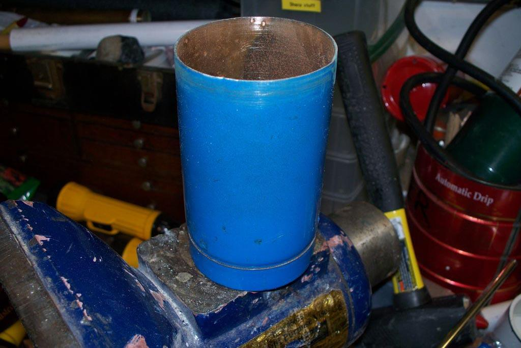 Использование обезвреженных газовых баллонов для хозяйственных изобретений