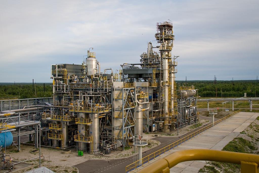 Основные мощности Группы «Газпром» по переработке в том числе газового конденсата