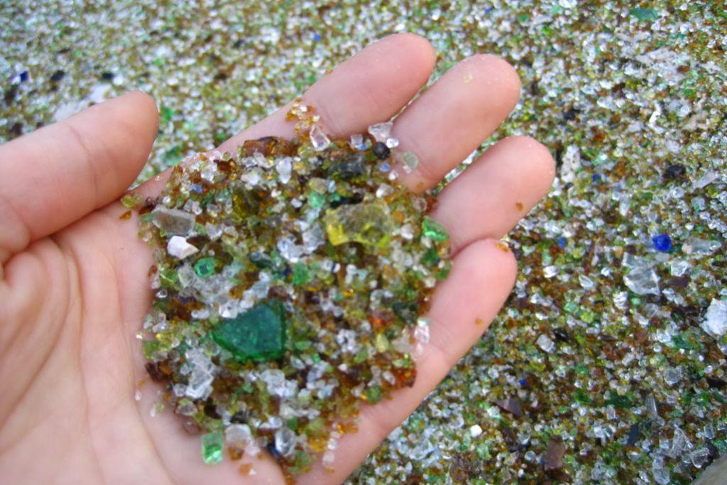 Отходы стекла: где образуются, формы, виды