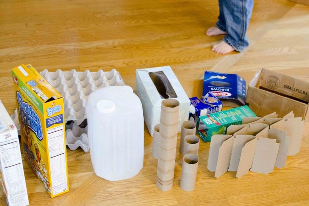 Переработанные материалы, пригодные для детских изобретений