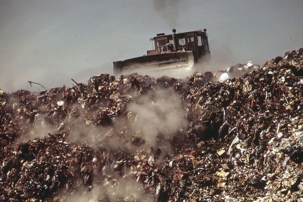 Рециклинг отходов как разновидность переработки отходов