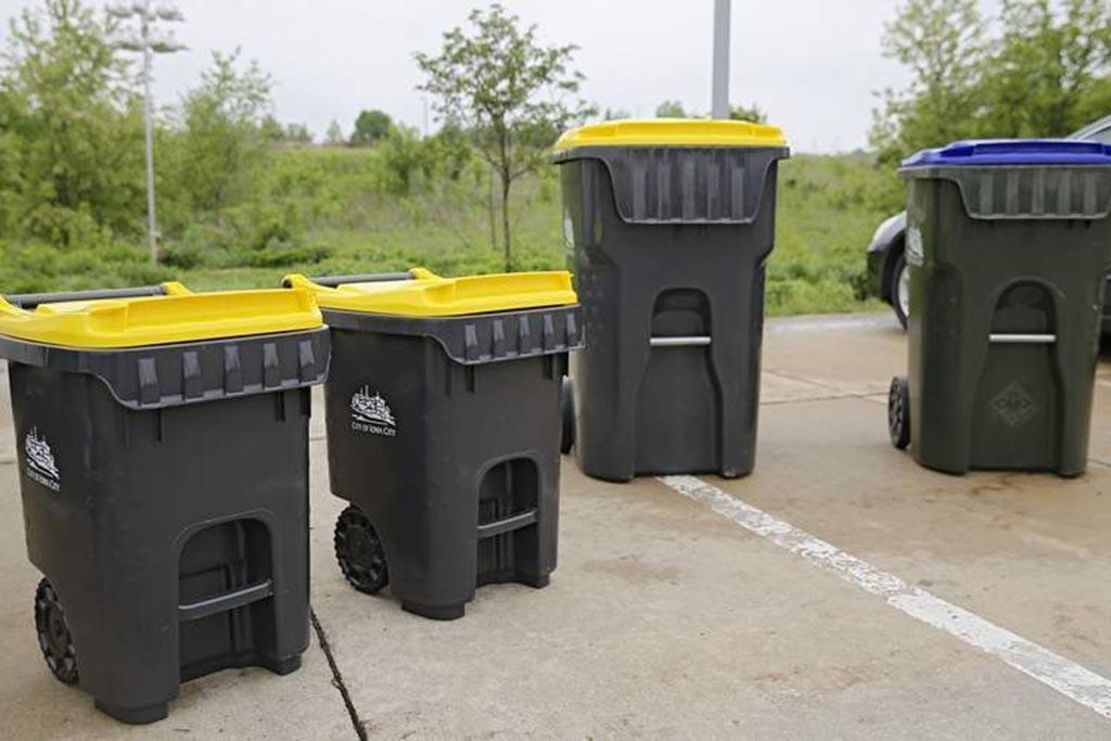 Сбор на оборудованных площадках в специальные закрытые контейнеры