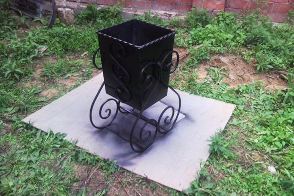 Урна для мусора уличная металлическая