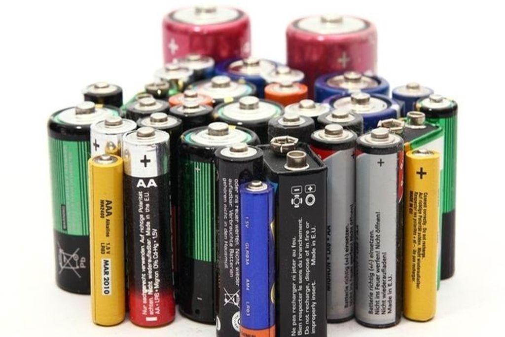 Батарейки в быту: виды и компонентный состав