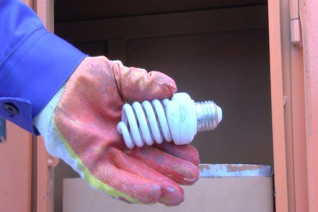 Отличие люминесцентных ламп от других источников света