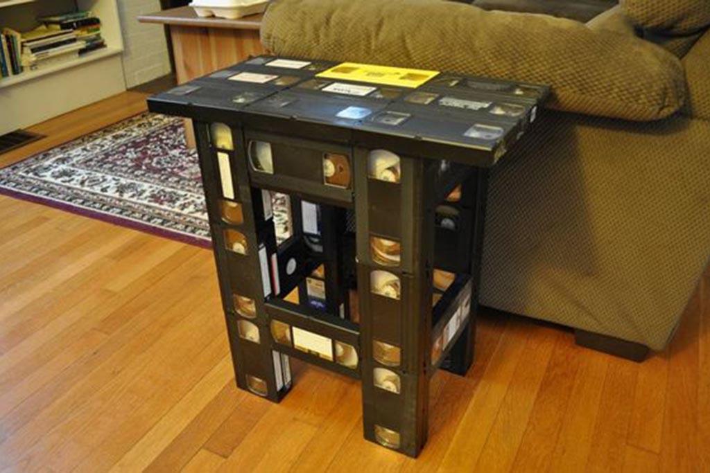 Варианты куда можно деть старые видеокассеты