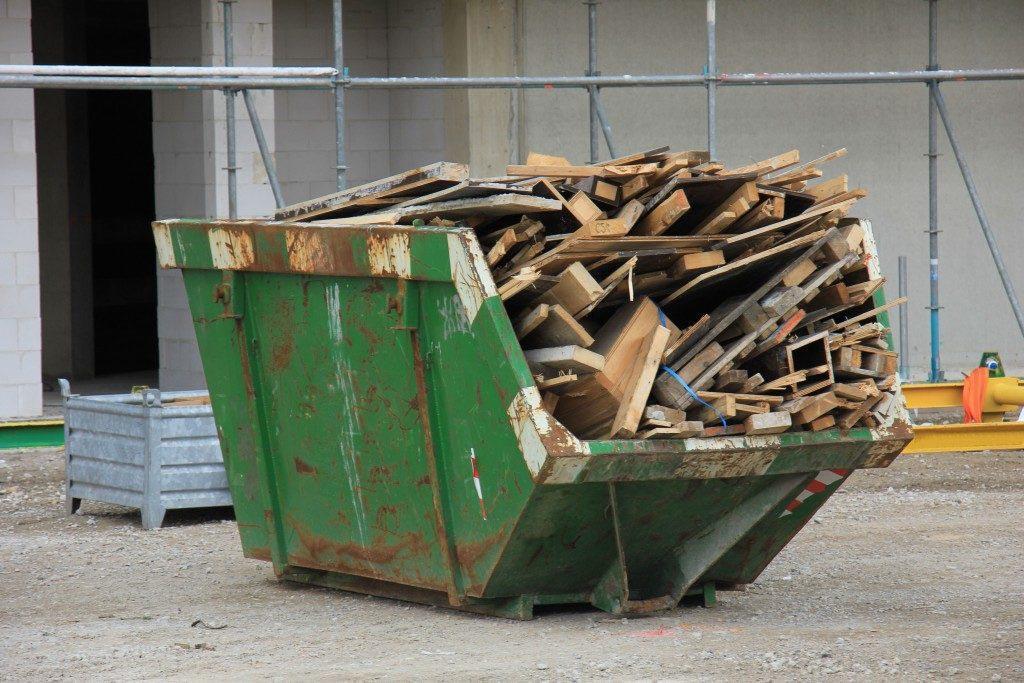 Вред строительного мусора при неправильном обращении