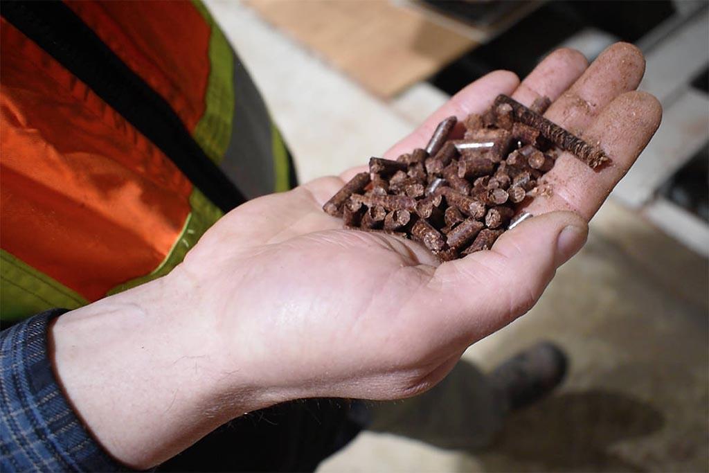 Вторичные продукты из отходов переработки древесины