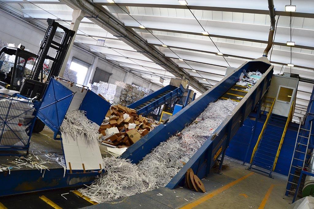 Главные этапы работы мусороперерабатывающих заводов