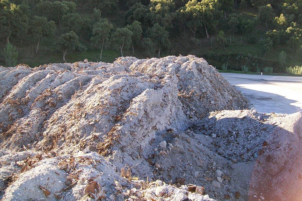 Зола после после сжигания отходов на мусоросжигательном заводе