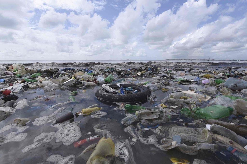 Как появляются «мусорные острова»