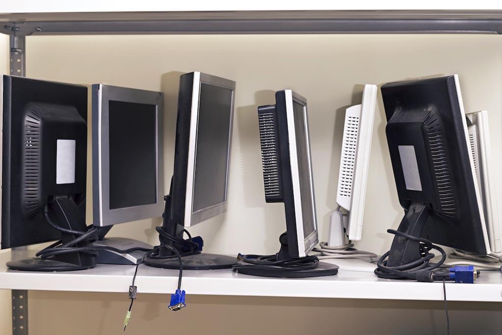 Куда деть старый монитор от компьютера